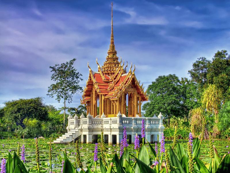 lotus pond royal pavilion 2 rama ix park bangkok